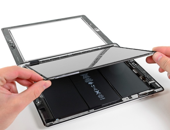 Thay mặt kính màn hình ipad là giải pháp nhanh nhất