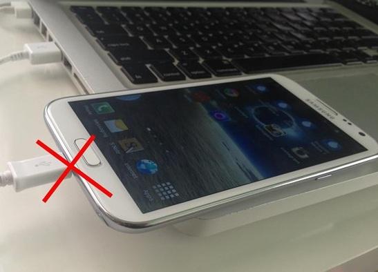 4 cách để sạc pin điện thoại Huawei nhanh nhất