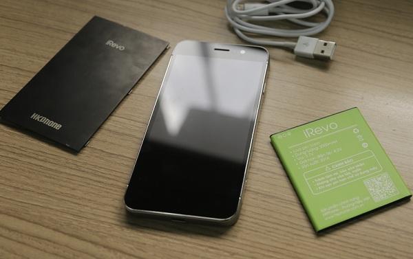 Thay man hinh dien thoai HKPhone Irevo giá bao nhiêu?