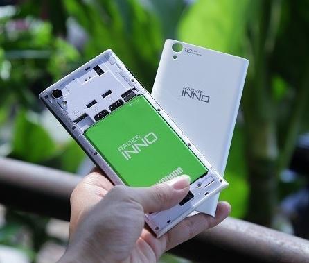 Thay pin điện thoại HKPhone